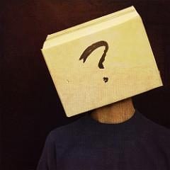 'Ki és mi vagyok Én?'