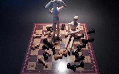 Mi az a csoportgondolkodás és milyen veszélyei vannak?